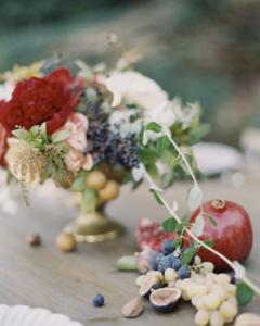 Wedding flowers, table display, wedding styling